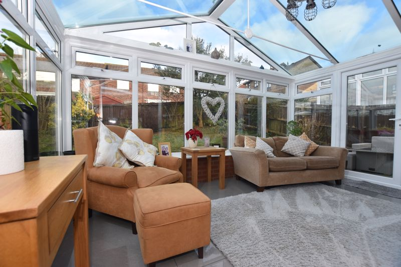 property thumbnail conservatory.jpg