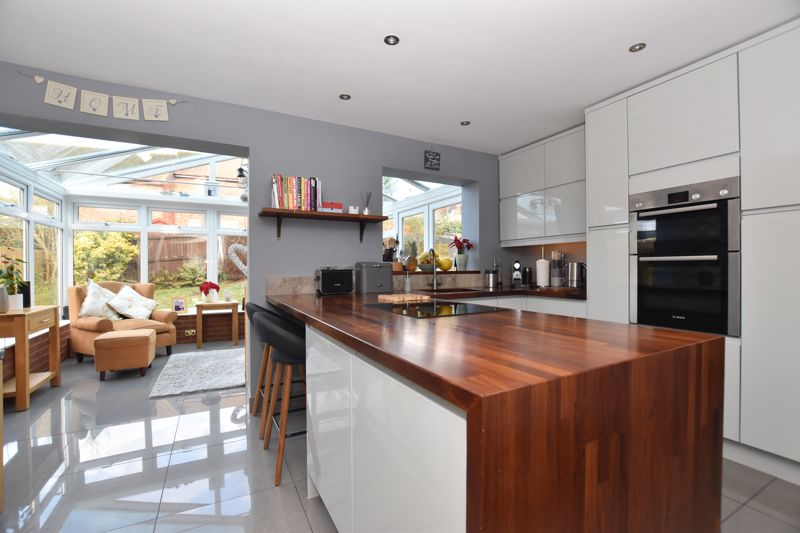 property thumbnail kitchen.jpg