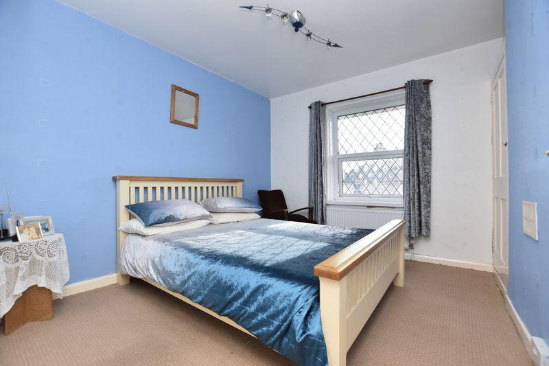 property thumbnail bedroom-2.jpg