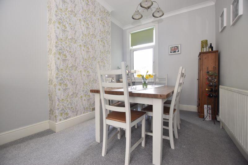 property thumbnail dining-room.jpg