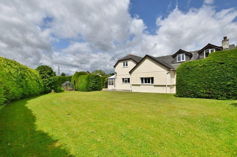 property thumbnail new-rear-garden-2.jpg