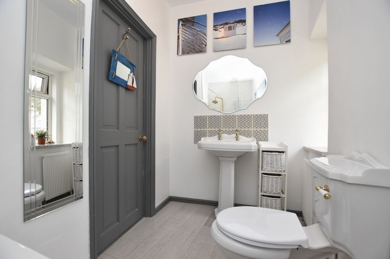 property thumbnail Bathroom-2.jpg