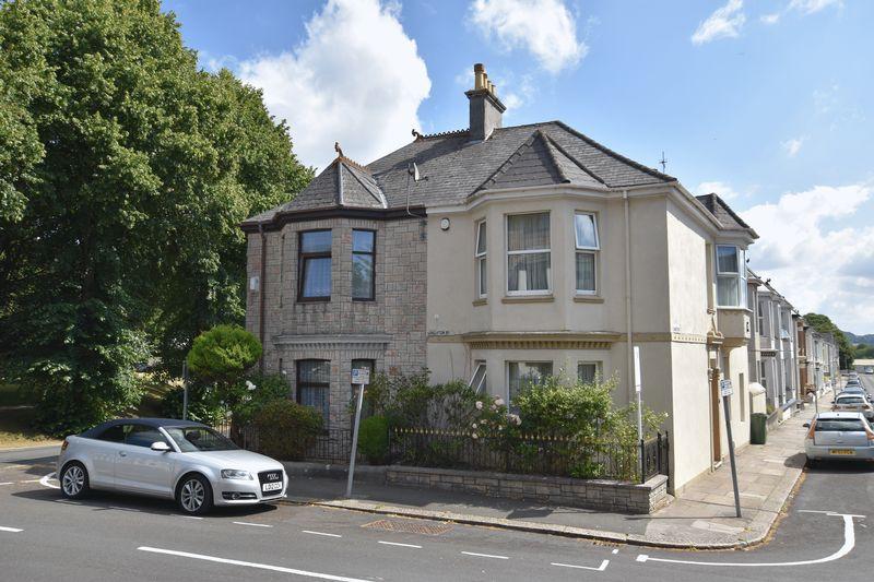 property thumbnail New-outside.jpg