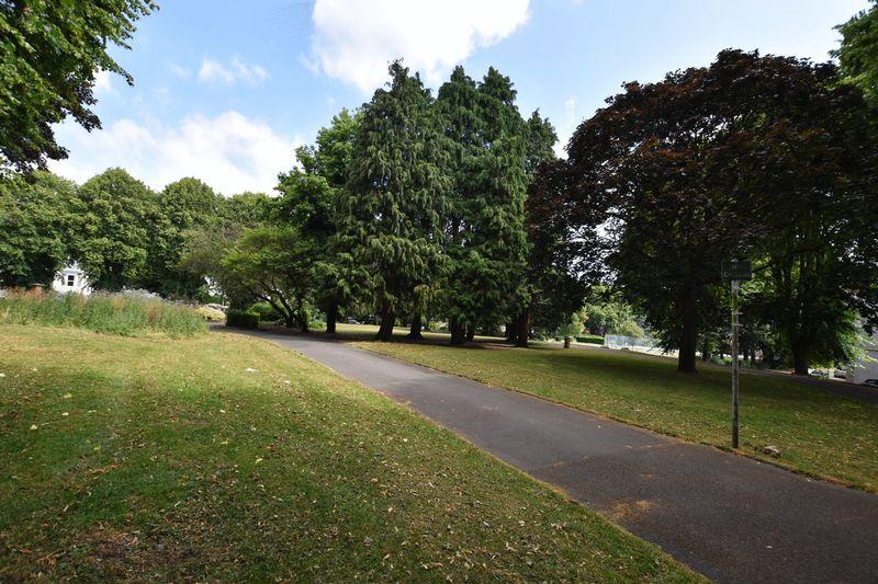property thumbnail park.jpg