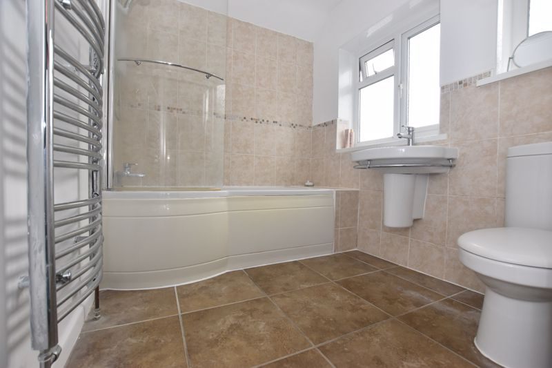property thumbnail bathroom%284%29.jpg