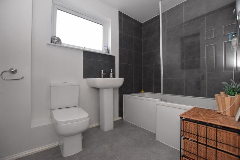 property thumbnail Bathroom.jpg