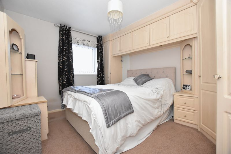 property thumbnail bedroom-1.jpg