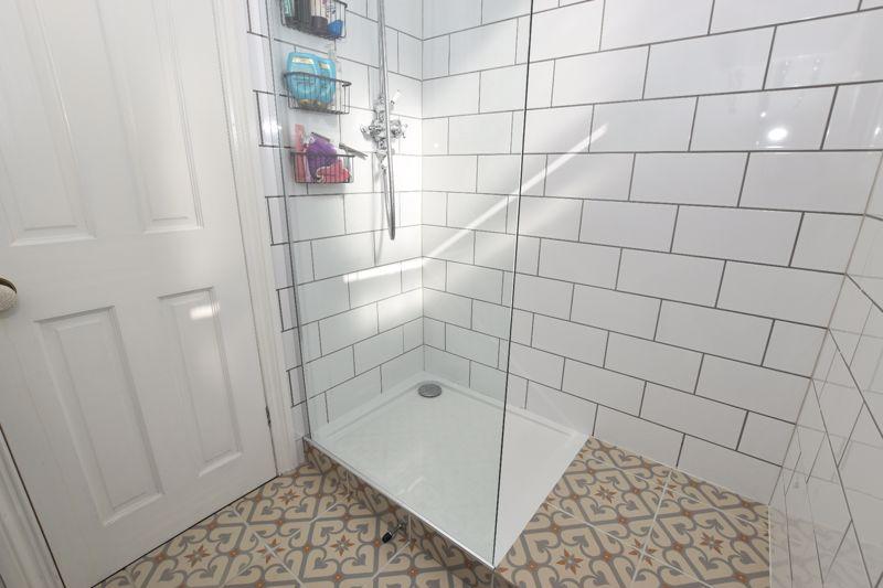 property thumbnail Shower.jpg