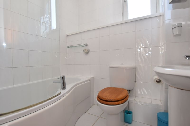 property thumbnail bathroom.jpg