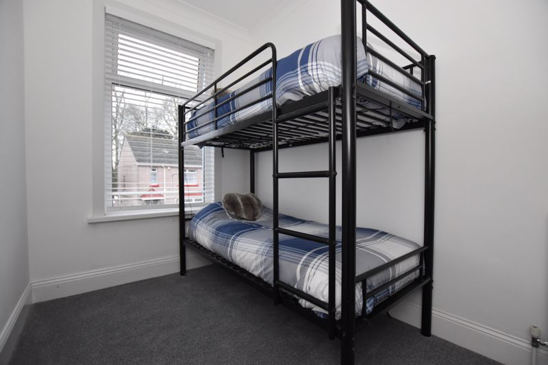 property thumbnail bed3.jpg