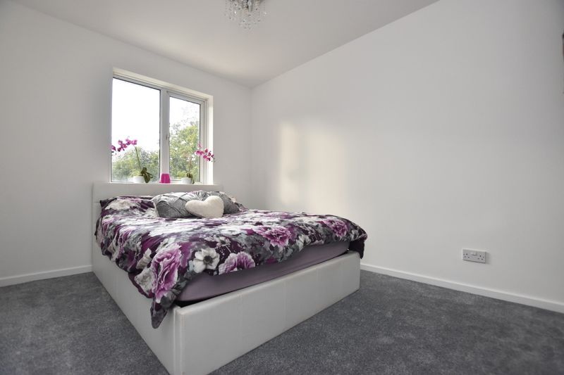 property thumbnail Bedroom-2%281%29.jpg