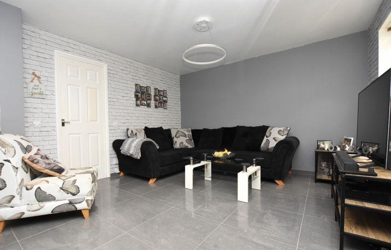 property thumbnail Living-room%281%29.jpg