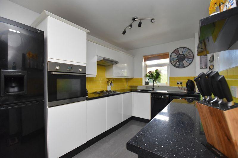 property thumbnail kitchen-2%281%29.jpg
