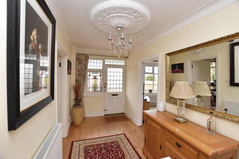 property thumbnail Hallway-2.jpg