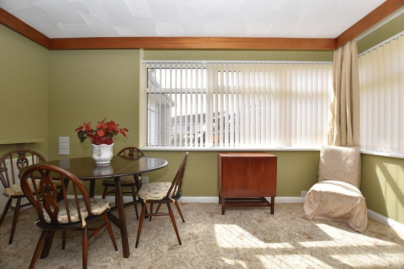 property thumbnail a.dining-room-2.jpg
