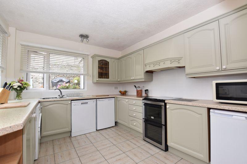 property thumbnail kitchen%286%29.jpg