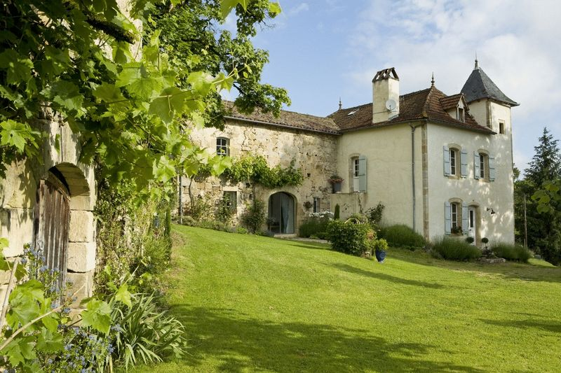 Outstanding Maison de Maitre on 7,5Ha of land