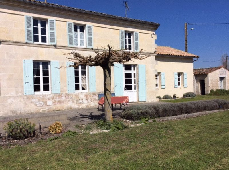 Stone house near Jonzac