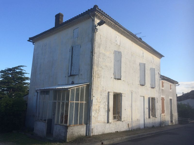 Spacious village house to restored to former glory