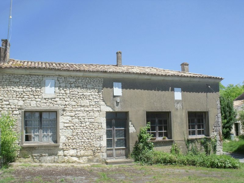 Opportunity to create gites, near the estuary