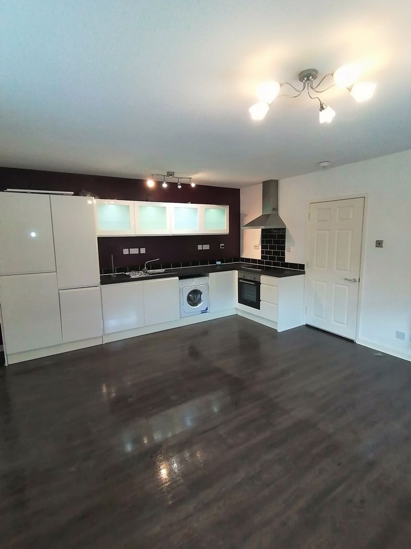 4 Valley View, High Street, Brymbo, LL11 5BL