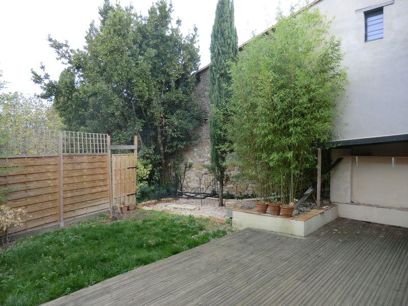 Une grange réhabilité, bien située avec jardin