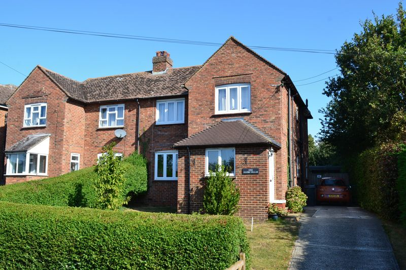 Warehorne£380,000