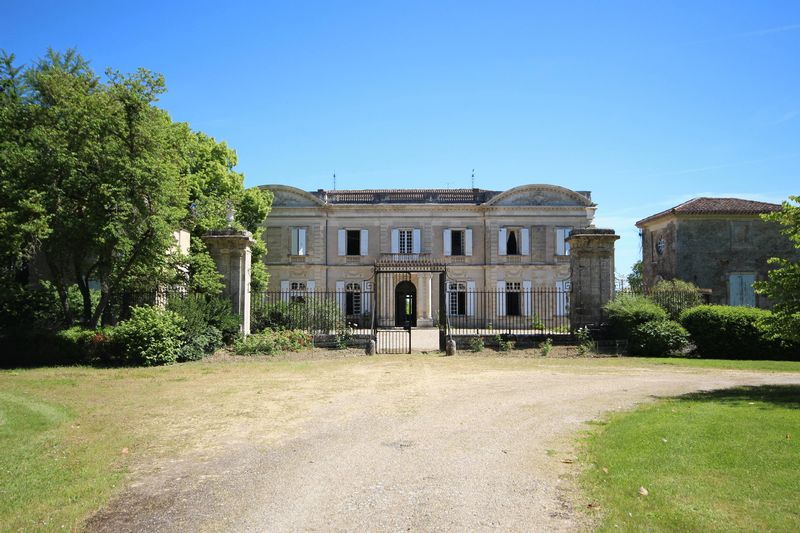 Beautiful, historic chateau, in commanding location with 26 hec, and 13+ bedrooms