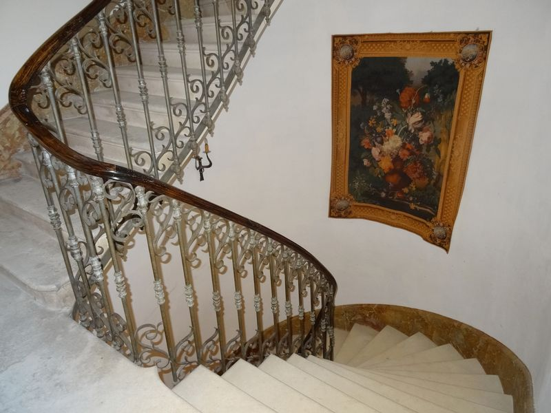 Fully renovated chateau in Cognac