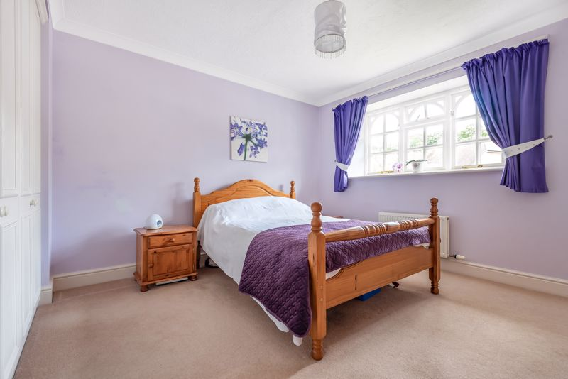 4 bedroom detached house SSTC in Carshalton Beeches - Photo 6.