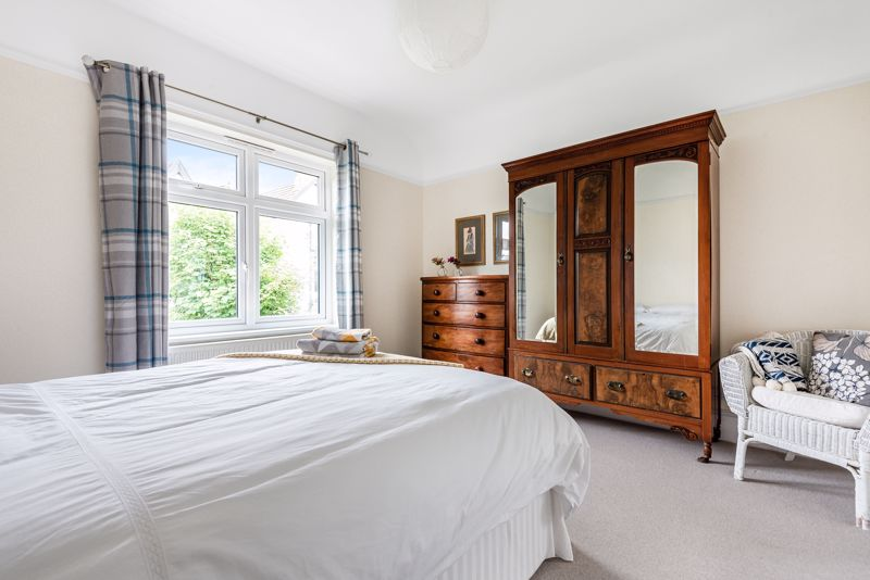 5 bedroom semi detached house SSTC in Carshalton Beeches - Photo 13.