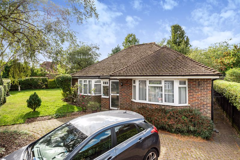 3 bedroom detached bungalow SSTC in South Sutton - Photo 15.