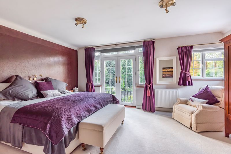 6 bedroom detached house SSTC in Carshalton Beeches - Photo 6.