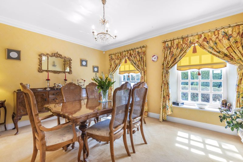 5 bedroom detached house SSTC in Carshalton Beeches - Photo 4.