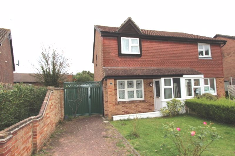 3 bedroom semi detached house For Sale in South Wallington - Photo 10.