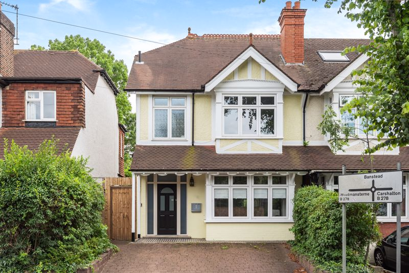 3 bedroom semi detached house SSTC in Carshalton Beeches - Photo 1.