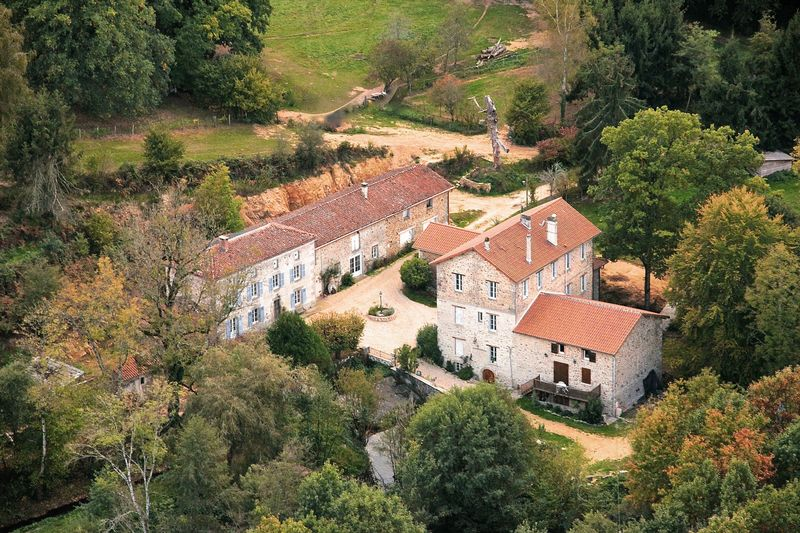Gite and B&B, in an impressive location!