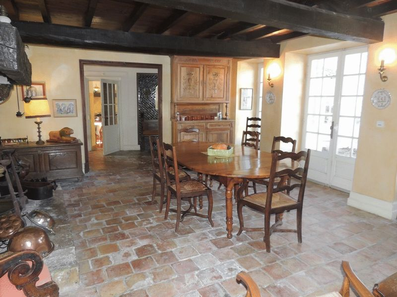 Chateau with pool, cottage and 22 acres