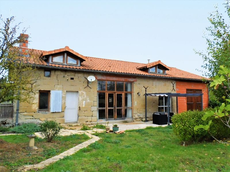 In Minervois, Near Narbonne, Oeno-Touristic Property Of 20 Hectares.