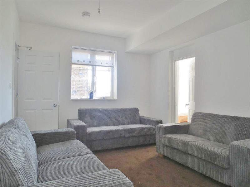 Old Shoreham Road, Hove property to let in Central Hove, Brighton by Coapt