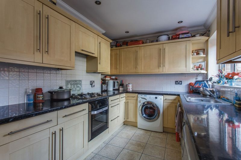 Saunders Park View, Brighton property to let in Lewes Road South, Brighton by Coapt