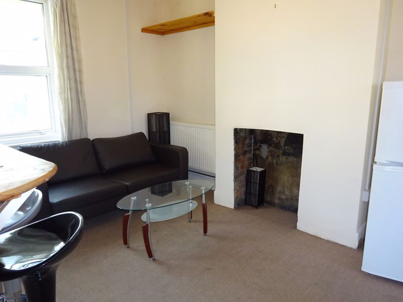 Milner Road, Brighton property to let in Coombe Road, Brighton by Coapt