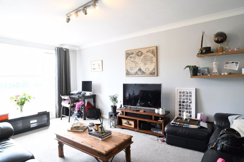 Withdean Rise, Brighton property to let in Patcham, Brighton by Coapt
