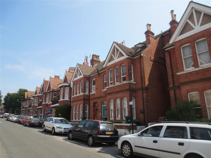 Granville Road, Hove property to let in Central Hove, Brighton by Coapt