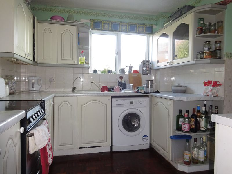 Manor Way, Brighton property for sale in Kemptown, Brighton by Coapt
