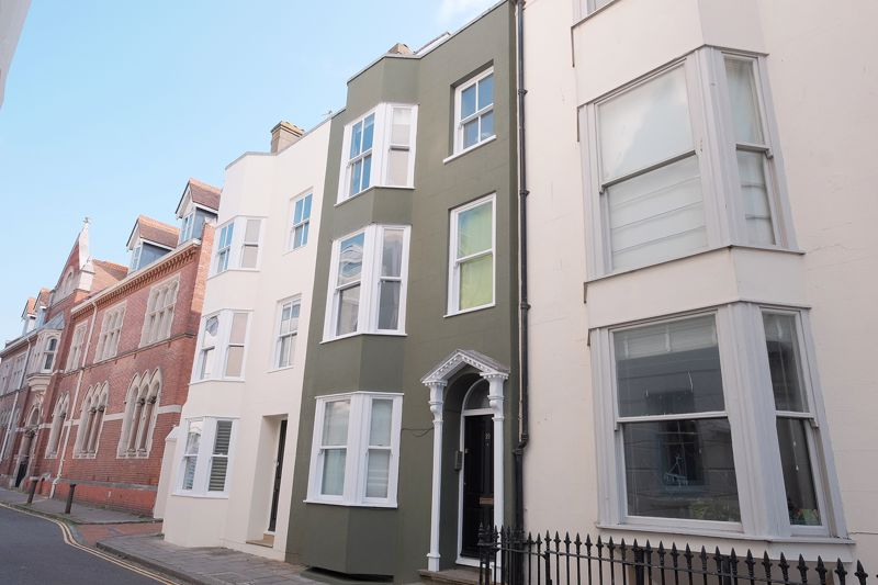 Princes Street, Brighton property to let in Central Brighton, Brighton by Coapt