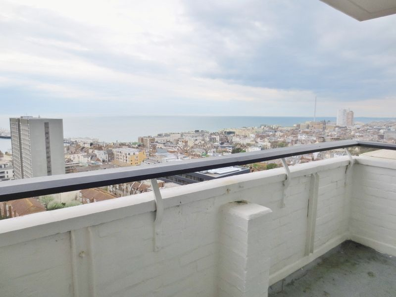 Grosvenor Street, Brighton property for sale in Kemptown, Brighton by Coapt