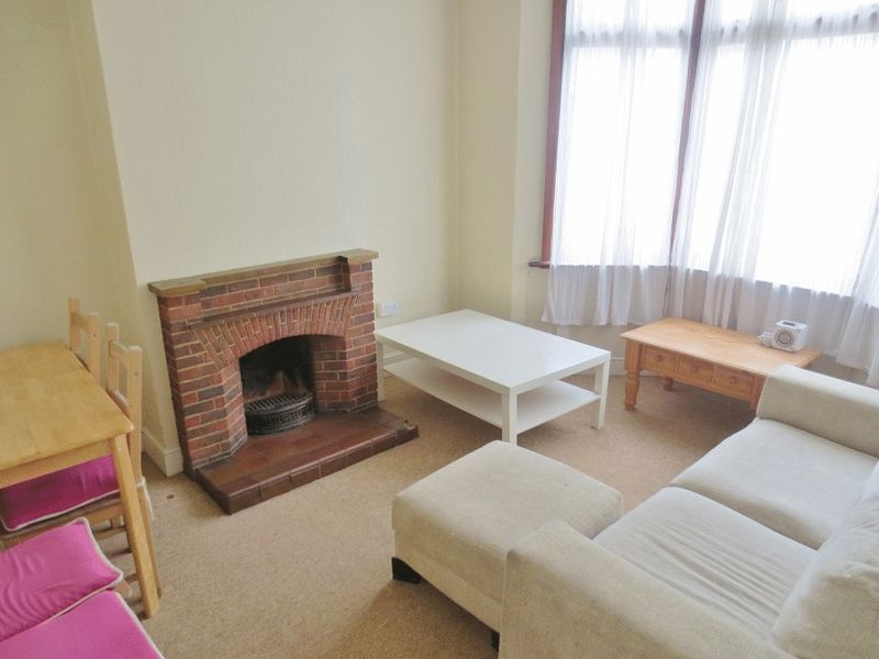 Viaduct Road, Brighton property to let in London Road, Brighton by Coapt