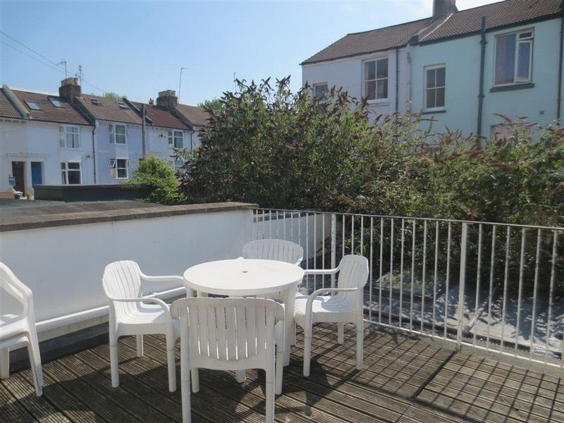 Lewes Road, Brighton property to let in Lewes Road South, Brighton by Coapt