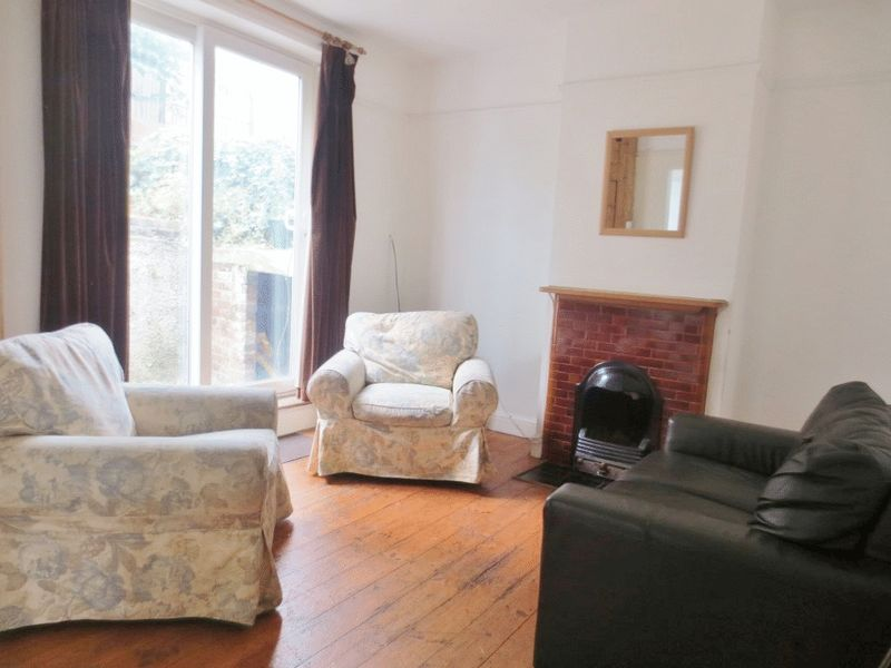 May Road, Brighton property to let in Elm Grove, Brighton by Coapt